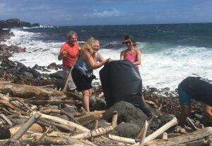 beach-clean-up-maui-west-side